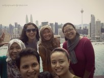 We-fie dengan background Twin Tower Petronas dan Menara KL